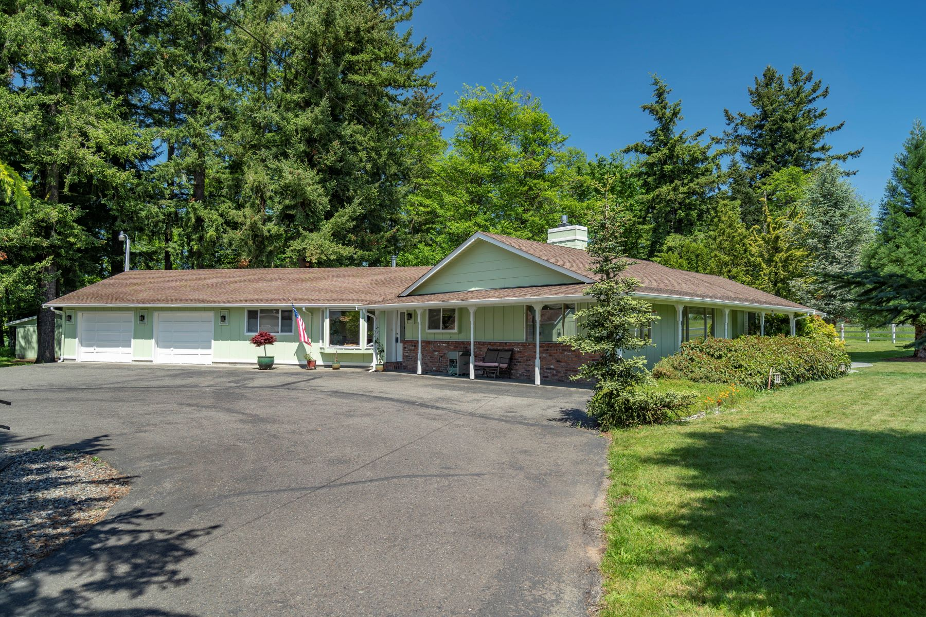 Single Family Homes for Sale at Beautifully Maintained Country Home 23102 SE 448th Street Enumclaw, Washington 98022 United States