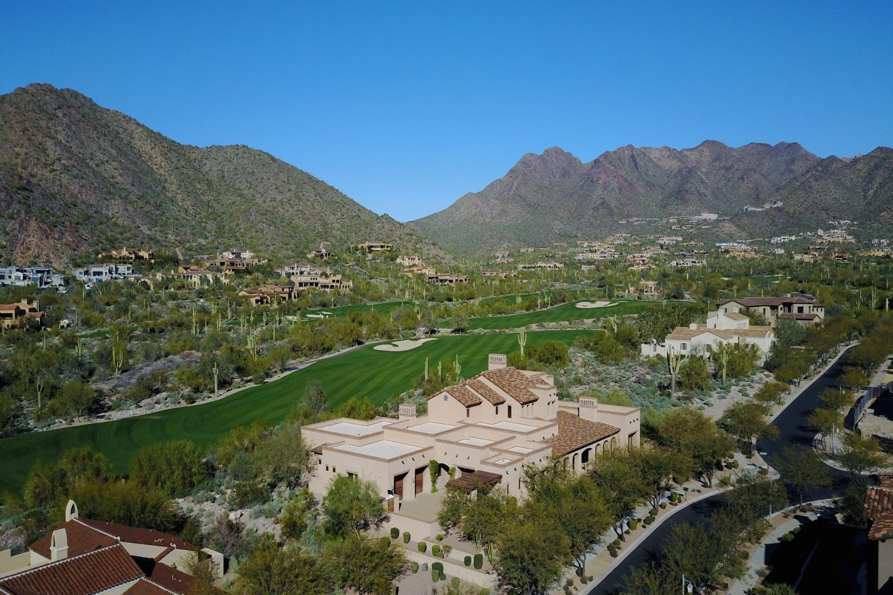 Single Family Home for Sale at Custom Silverleaf golf course home 10284 E Mountain Spring Rd Scottsdale, Arizona, 85255 United States