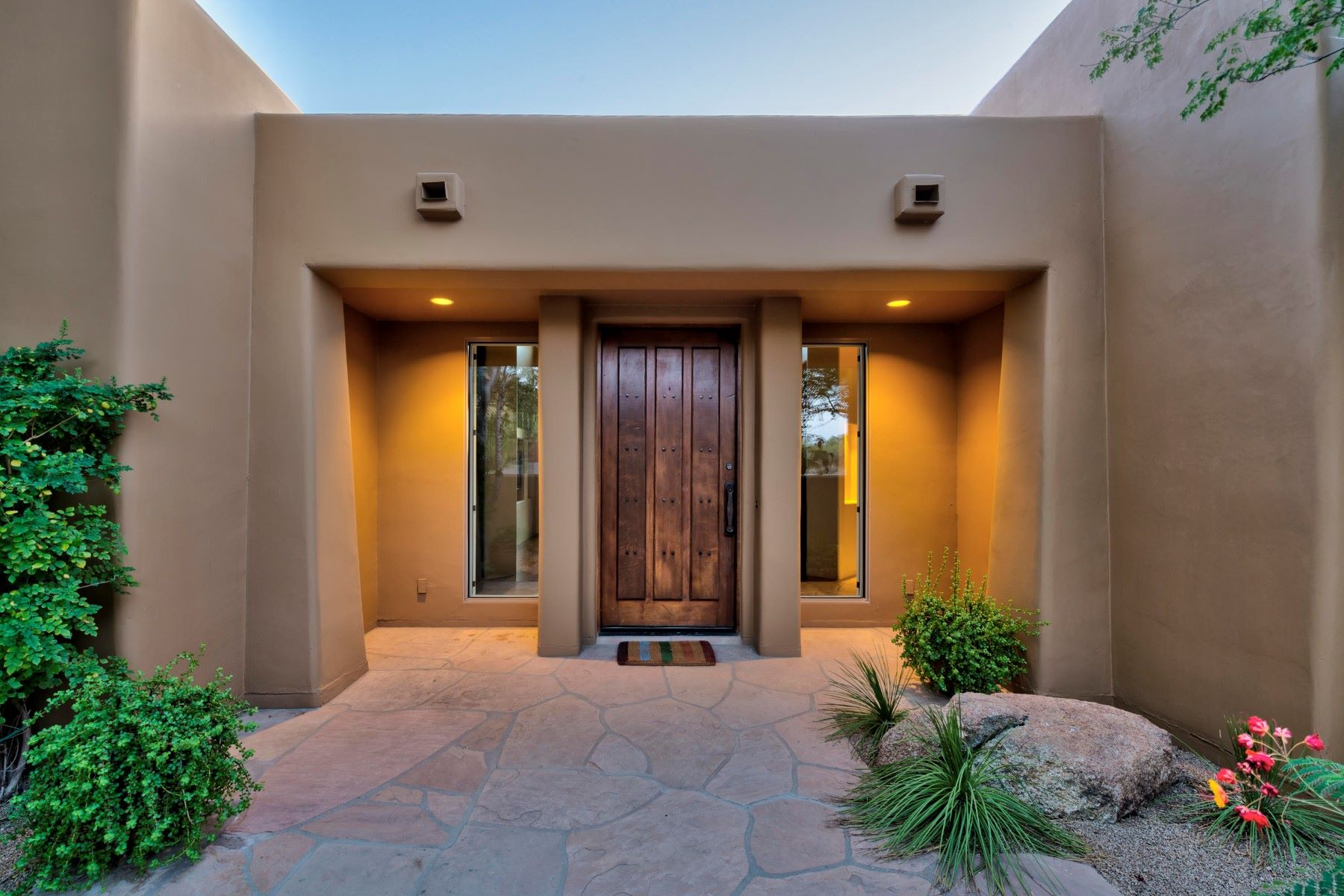 獨棟家庭住宅 為 出售 在 Gorgeous Desert Highlands home 10040 E Happy Valley Rd #280, Scottsdale, 亞利桑那州, 85255 美國