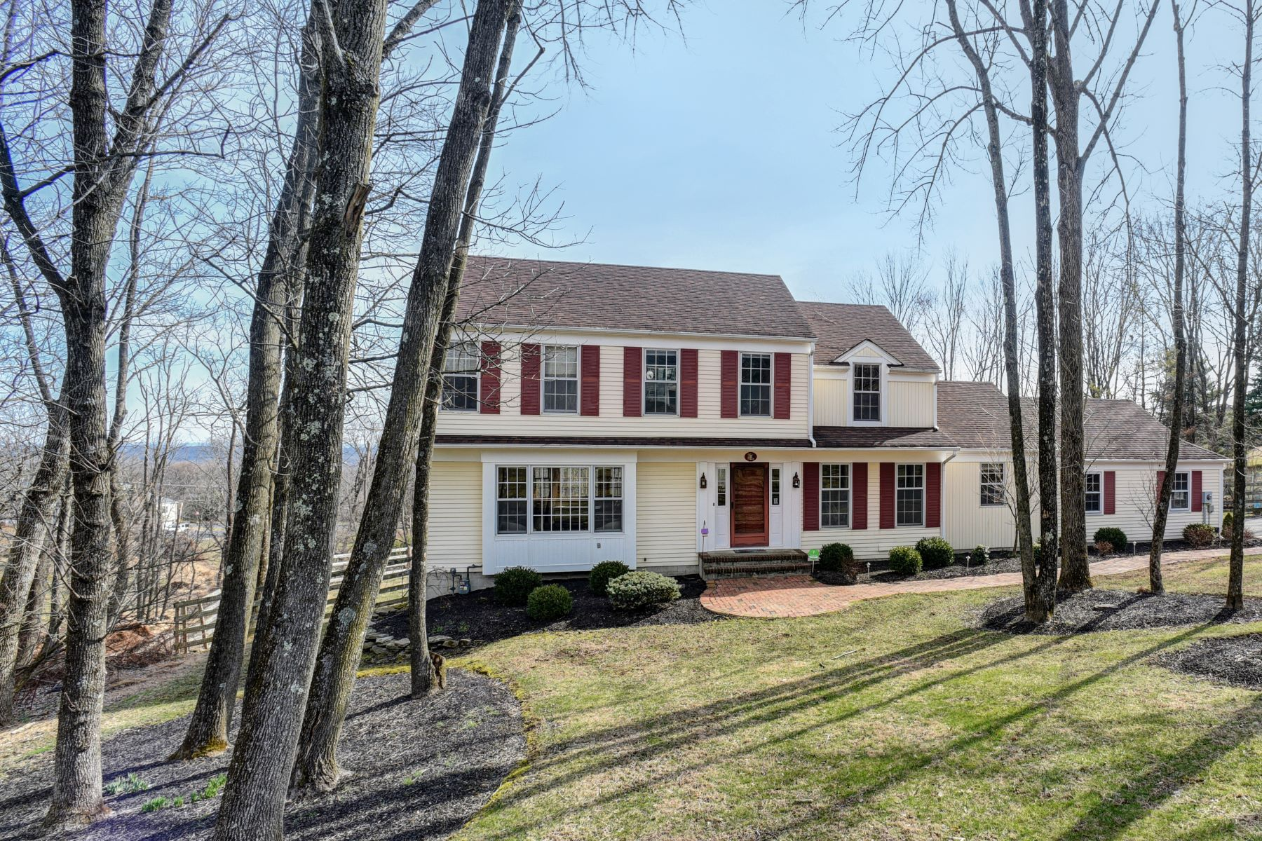 Single Family Homes for Sale at Truly Special Home 4 Stonegate Court Flemington, New Jersey 08822 United States