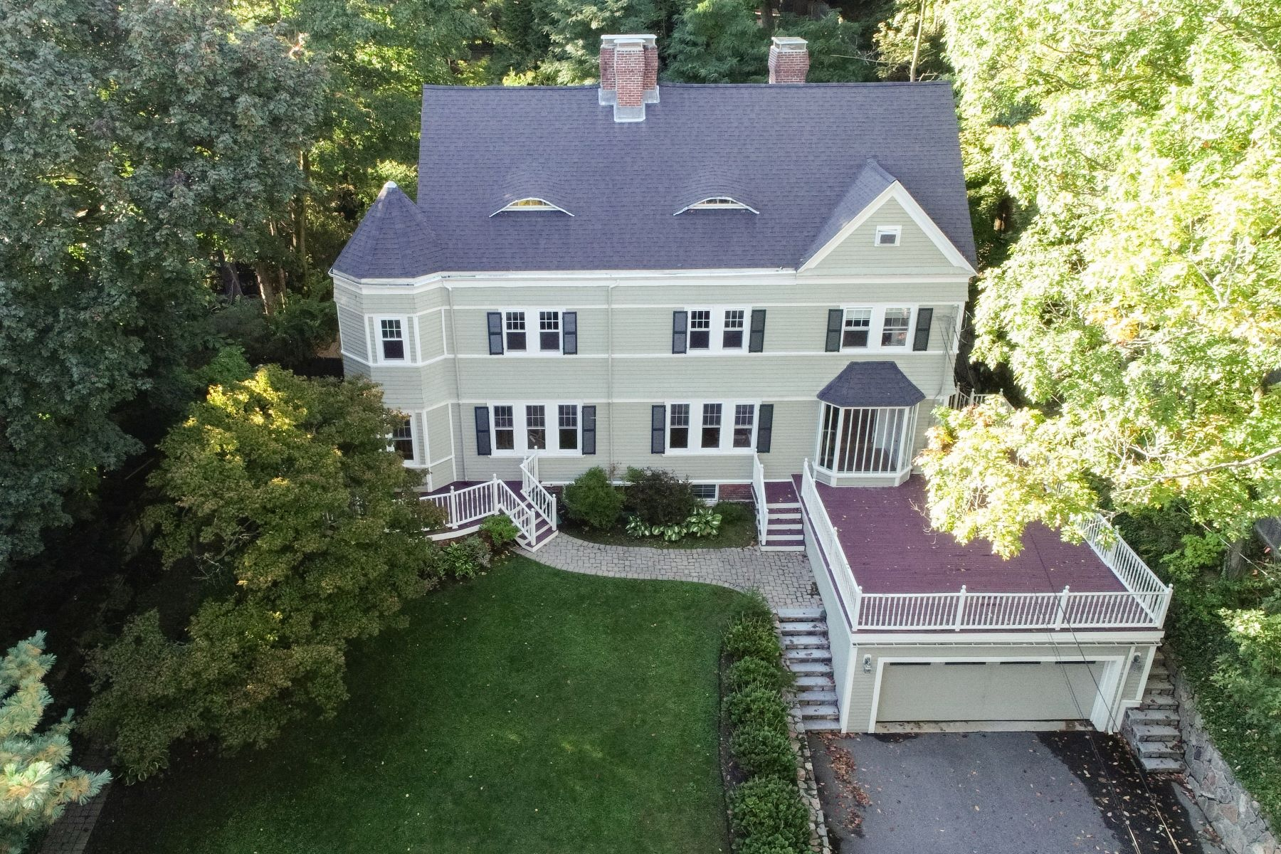 Single Family Home for Active at 213 Gardner Rd Brookline, Massachusetts 02445 United States