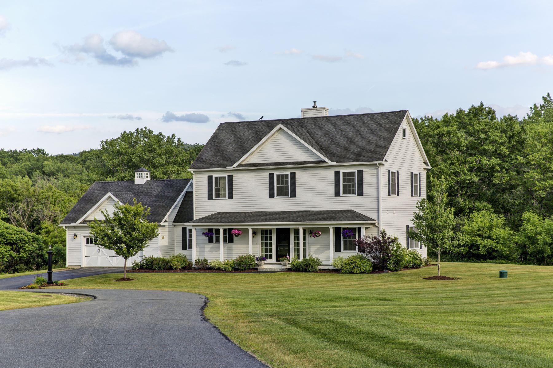 Частный односемейный дом для того Продажа на Four Bedroom Colonial in Lebanon 4 Black Bear, Lebanon, Нью-Гэмпшир, 03766 Соединенные Штаты