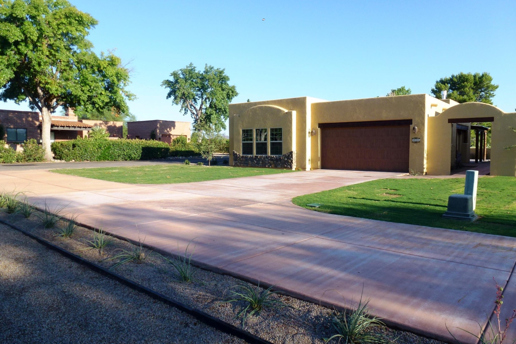 Single Family Home for Sale at Lovely home in the heart of Tubac Golf Resort 111 Avenida De Otero Tubac, Arizona, 85646 United States