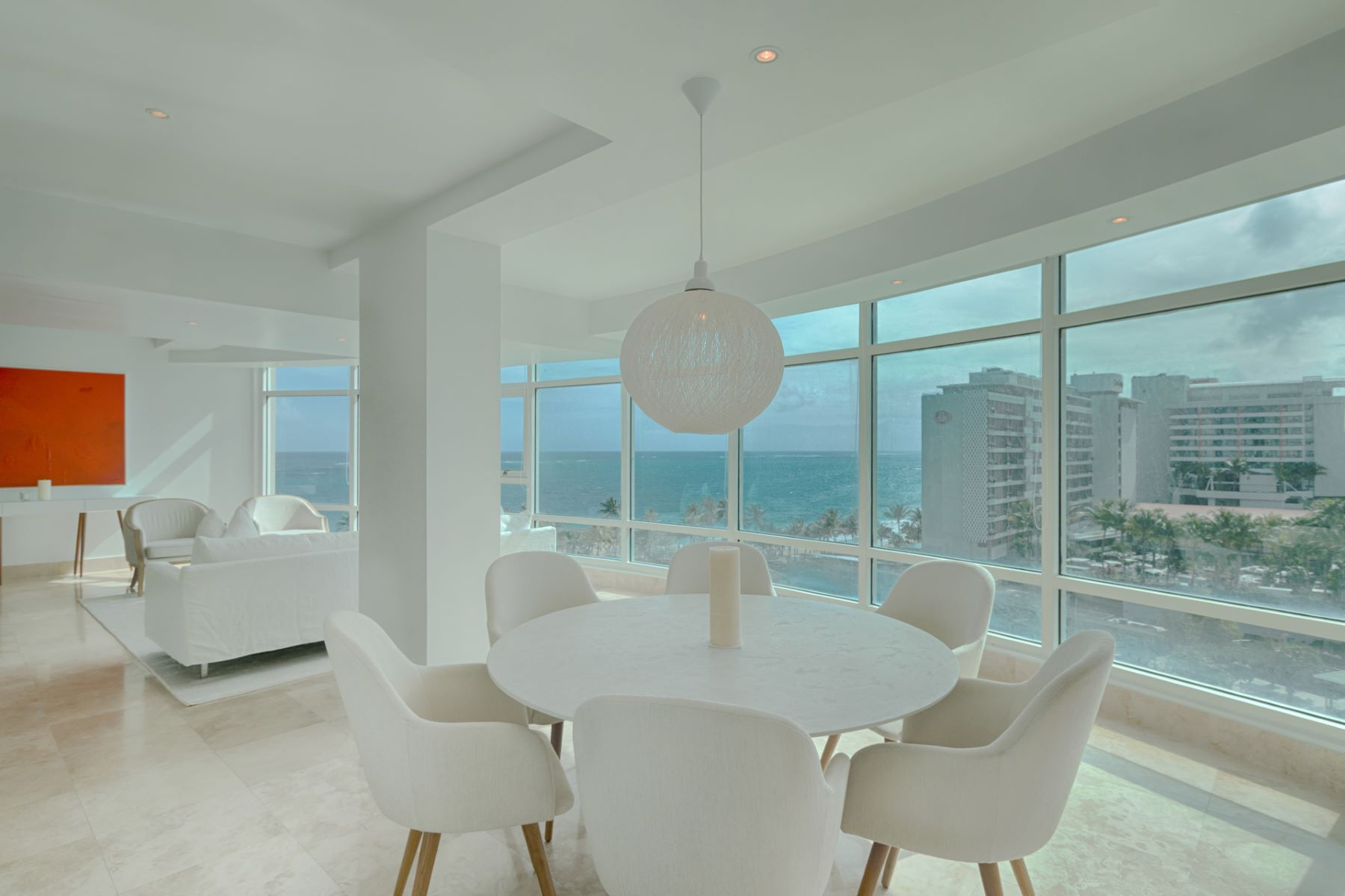 Appartement voor Huren een t Modern 9th floor Ocean View at The Bristol 1052 Ashford Avenue San Juan, Puerto Rico 00907 Puerto Rico