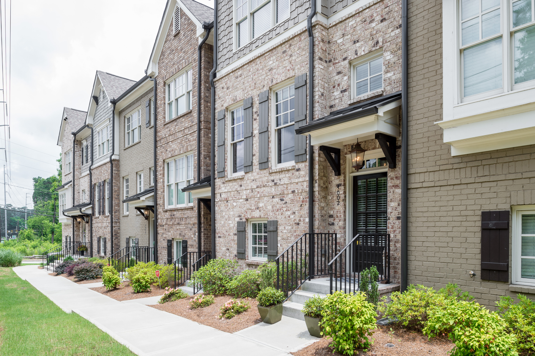 Townhouse for Sale at Gorgeous Townhome at Chastain Preserve 4002 Chastain Preserve Way NE Atlanta, Georgia 30342 United States