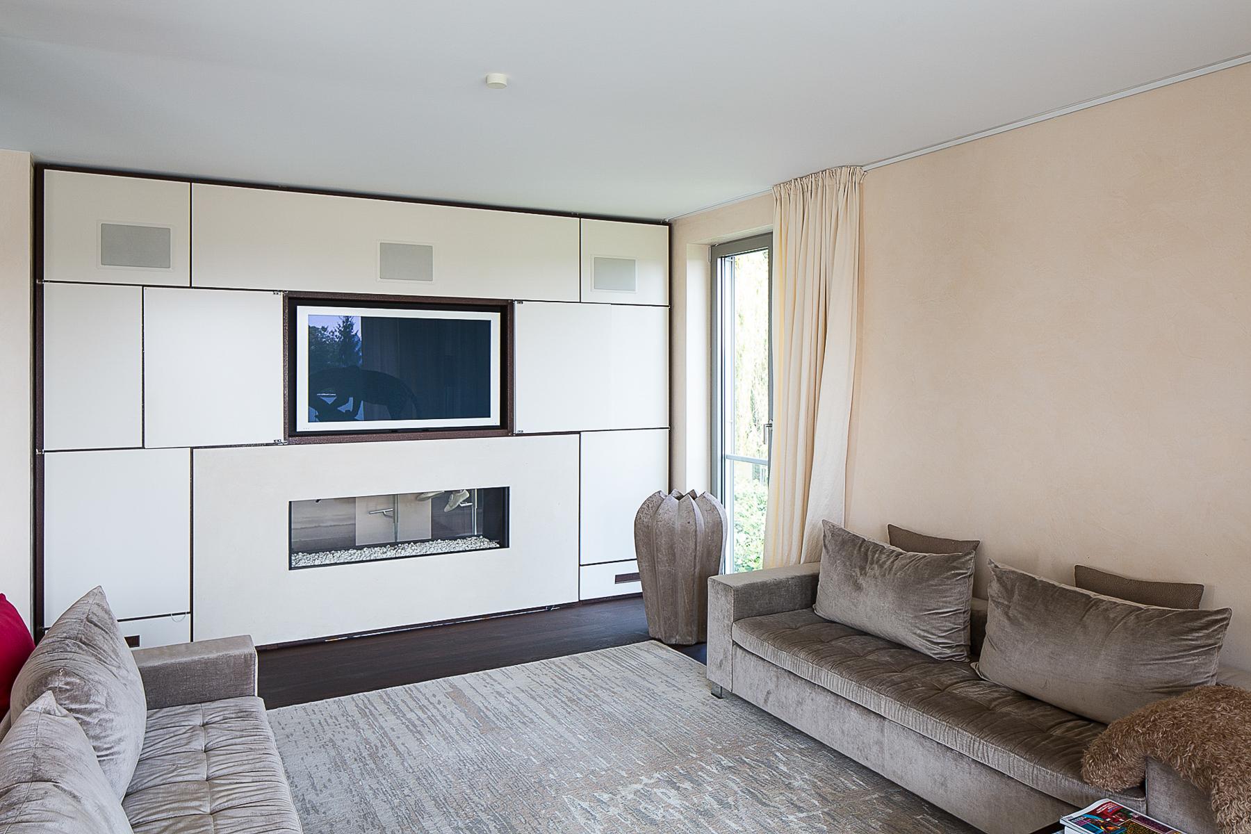 Apartamento por un Venta en Very Exclusive Penthouse with Phantastic View Wiesbaden, Hessen, 65193 Alemania