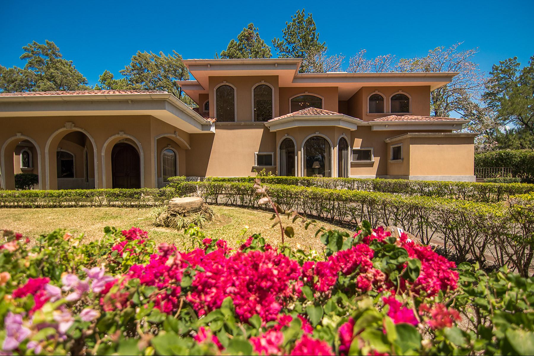 Other Residential Homes por un Venta en Casa los Reyes Other Alajuela, Alajuela Costa Rica