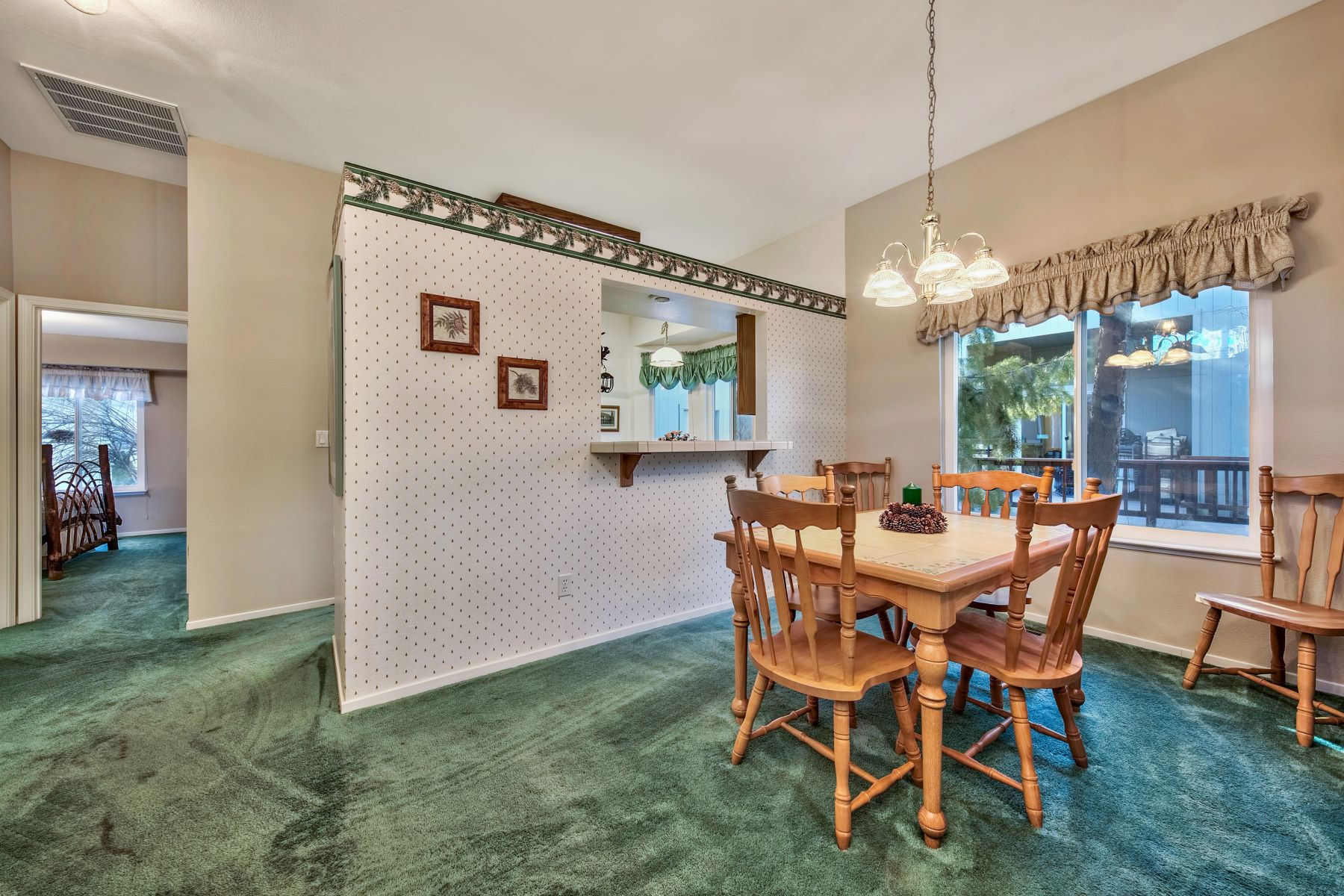 Additional photo for property listing at Plumas Pines Home 109 Cottonwood Drive Blairsden, California 96103 United States