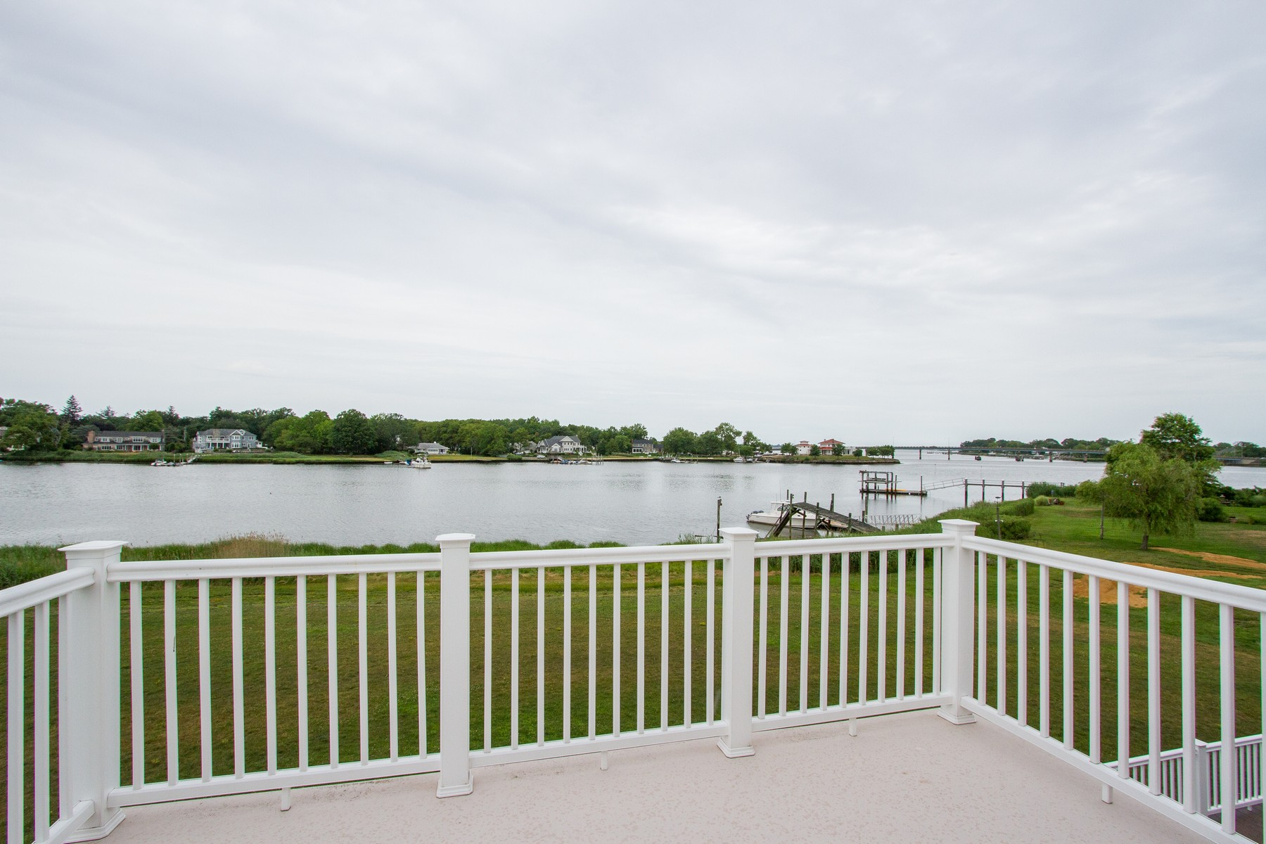 Single Family Home for Rent at River Front Lifestyle 115 Horseneck Point Road Oceanport, New Jersey 07757 United States
