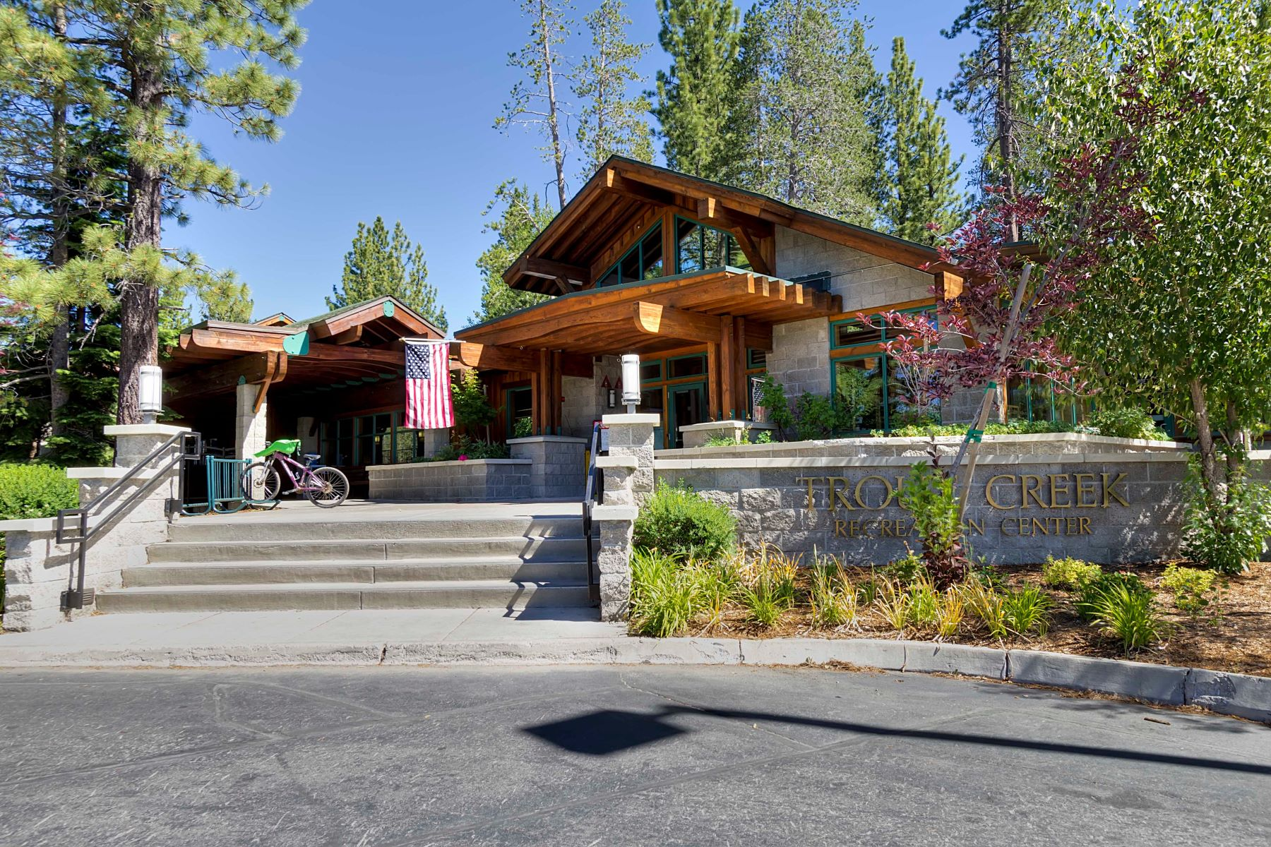 Additional photo for property listing at 12948 Hansel Ave., Truckee, CA 96161 12948 Hansel Avenue 特拉基, 加利福尼亚州 96161 美国