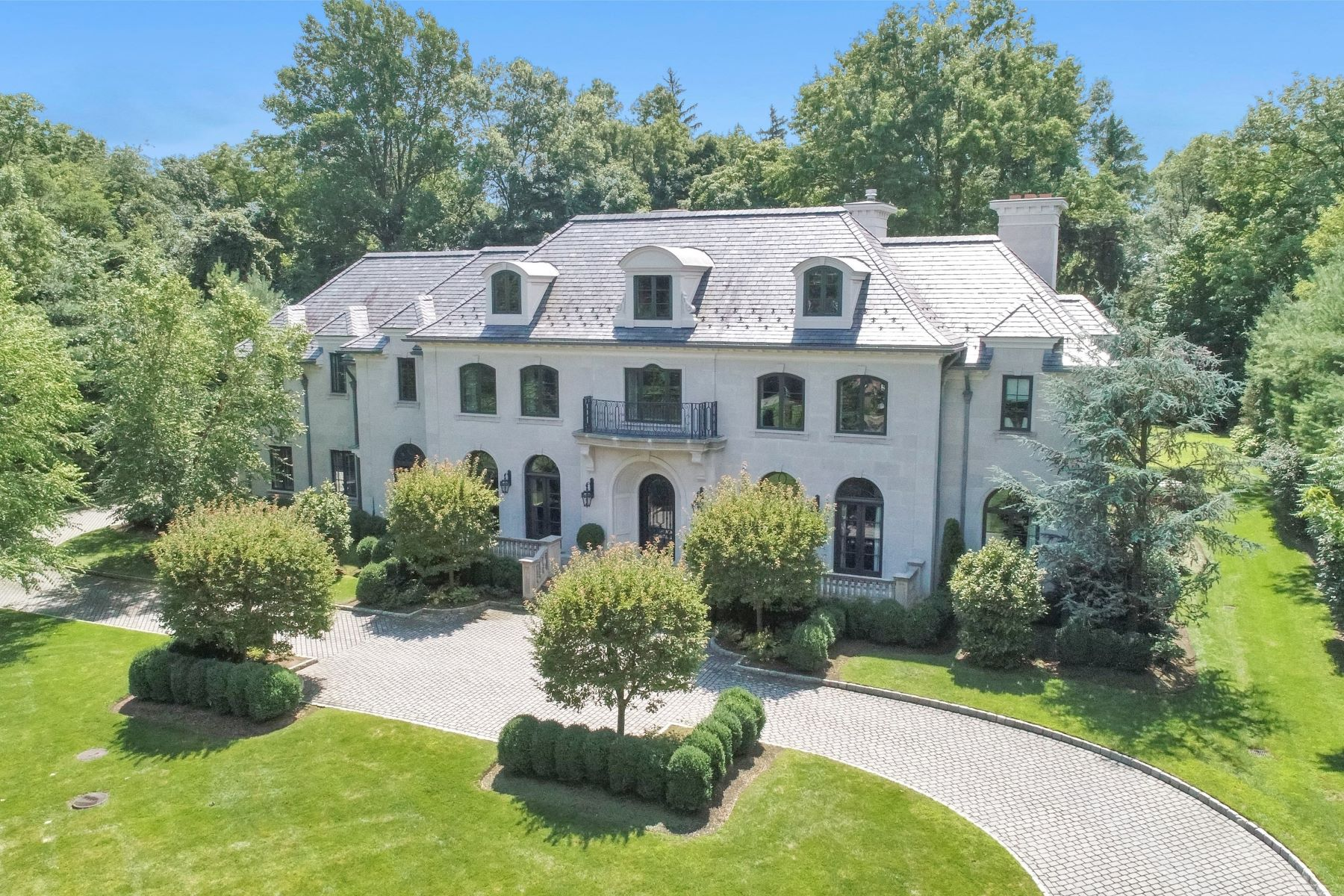 Single Family Home for Sale at Gracious Colonial Manor Alpine, New Jersey 07620 United States