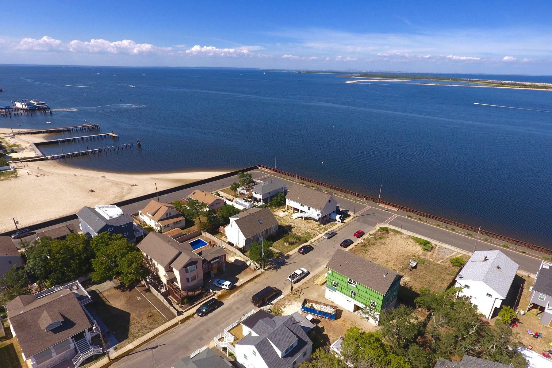 Частный односемейный дом для того Продажа на 0 Waterwitch Ave, Highlands 0 Waterwitch Ave. Highlands, Нью-Джерси 07732 Соединенные Штаты