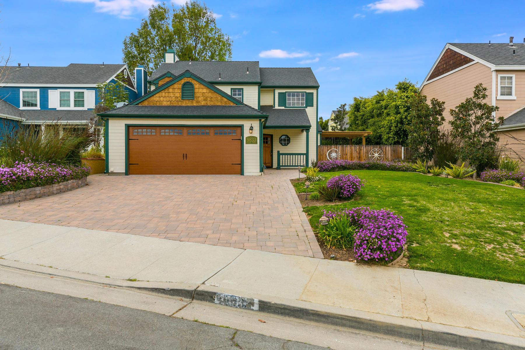 Single Family Homes para Venda às 9833 Halifax Street, Ventura, Califórnia 93004 Estados Unidos