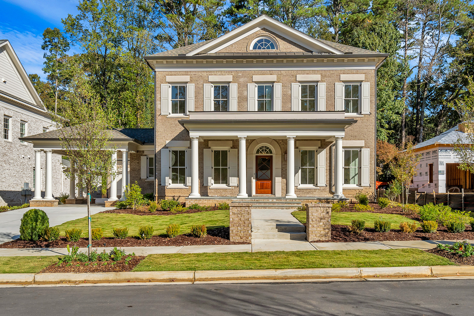Single Family Homes för Försäljning vid Be One Of The Twelve On Canton In Downtown Alpharetta 2115 Canton View, Alpharetta, Georgien 30009 Förenta staterna