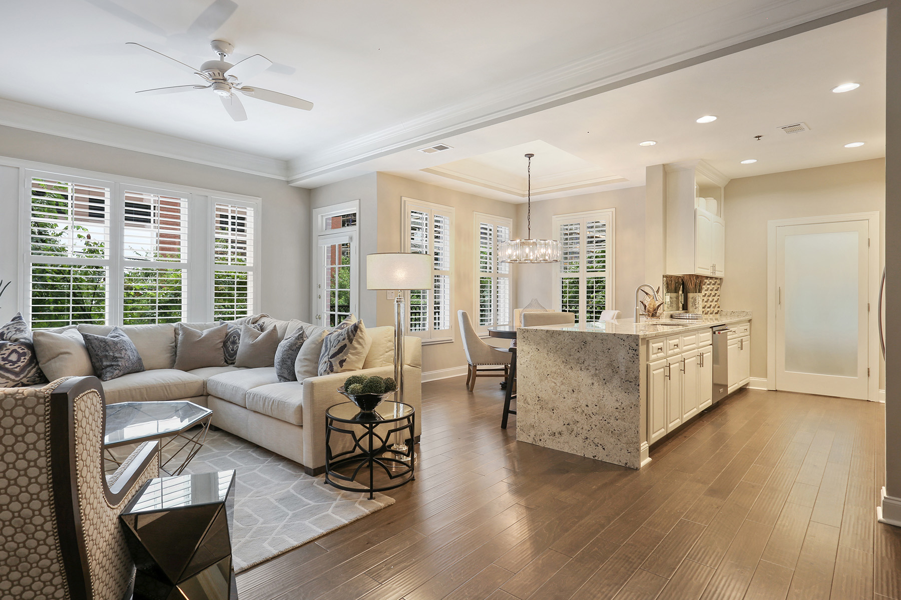 Single Family Home for Sale at Stunning Renovation in The Heart of Midtown 850 Piedmont Avenue NE #2208 Atlanta, Georgia 30308 United States