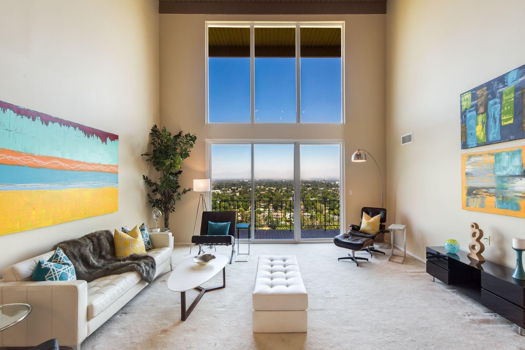 단독 가정 주택 용 매매 에 11559 Laurelcrest Dr Studio City, 캘리포니아, 91604 미국