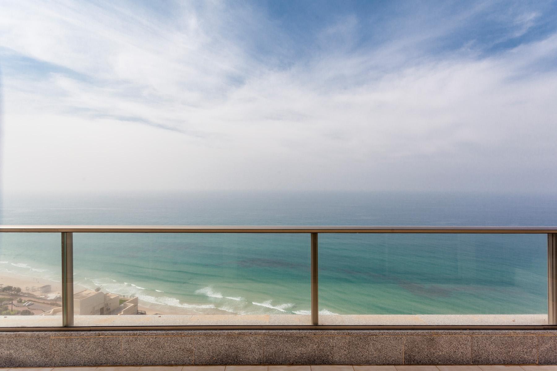 Additional photo for property listing at Fabulous Sea Front Penthouse in Netanya Netanya, Israel Israel
