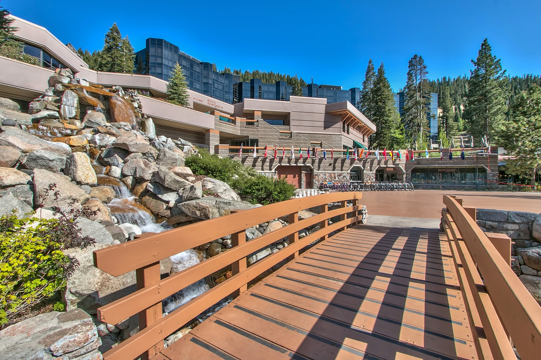 Additional photo for property listing at 400 Squaw  Creek Road #916, Olympic Valley, CA 400 Squaw Creek Road #916 Olympic Valley, California 96146 United States
