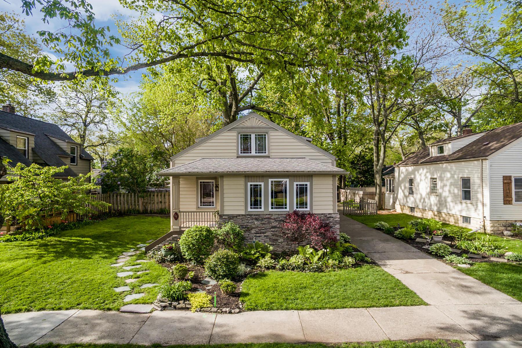 Single Family Homes for Sale at Pleasant Ridge 44 Sylvan Avenue Pleasant Ridge, Michigan 48069 United States
