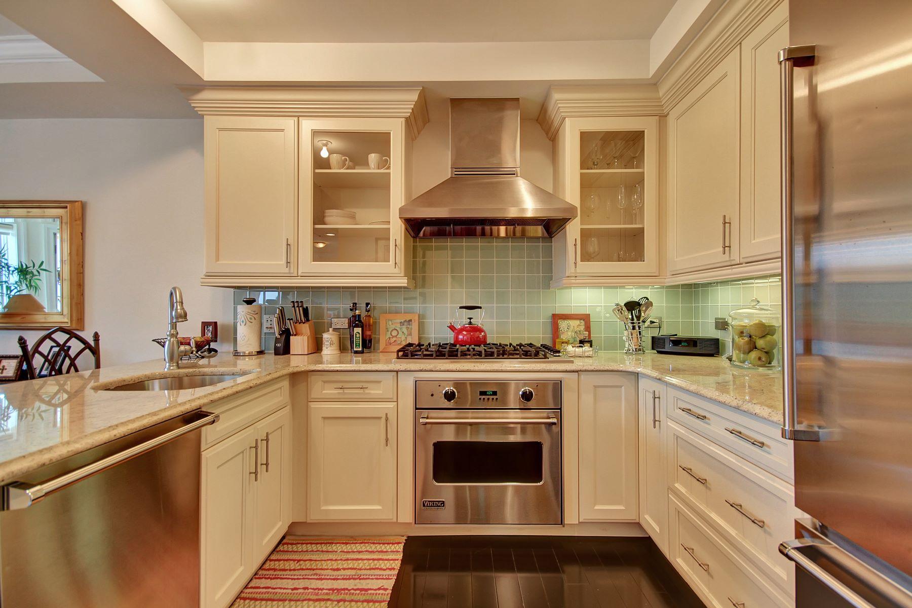 Condominio por un Venta en Enjoy Luxury Living 34 Oxford Landing Weehawken, Nueva Jersey 07086 Estados Unidos