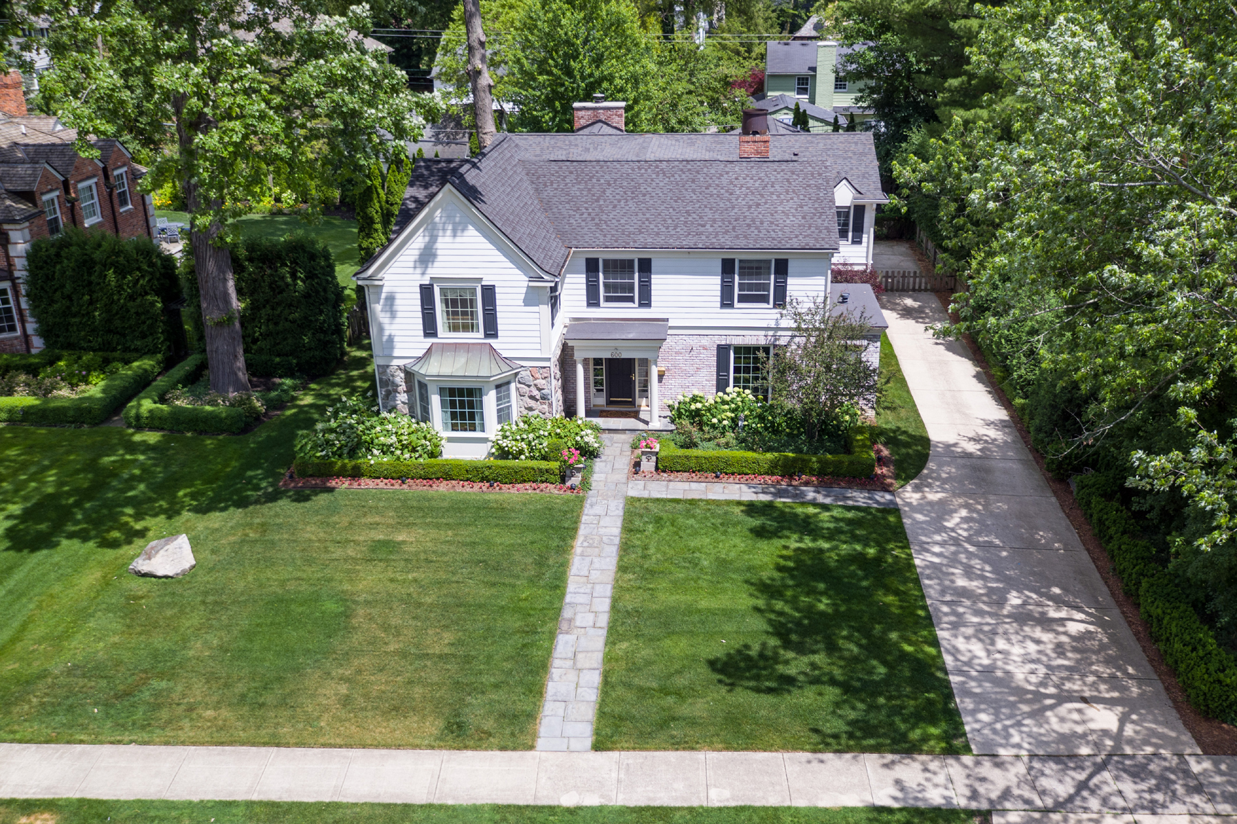 Single Family Home for Sale at Bloomfield Township 600 Waddington Street Bloomfield Township, Michigan 48301 United States