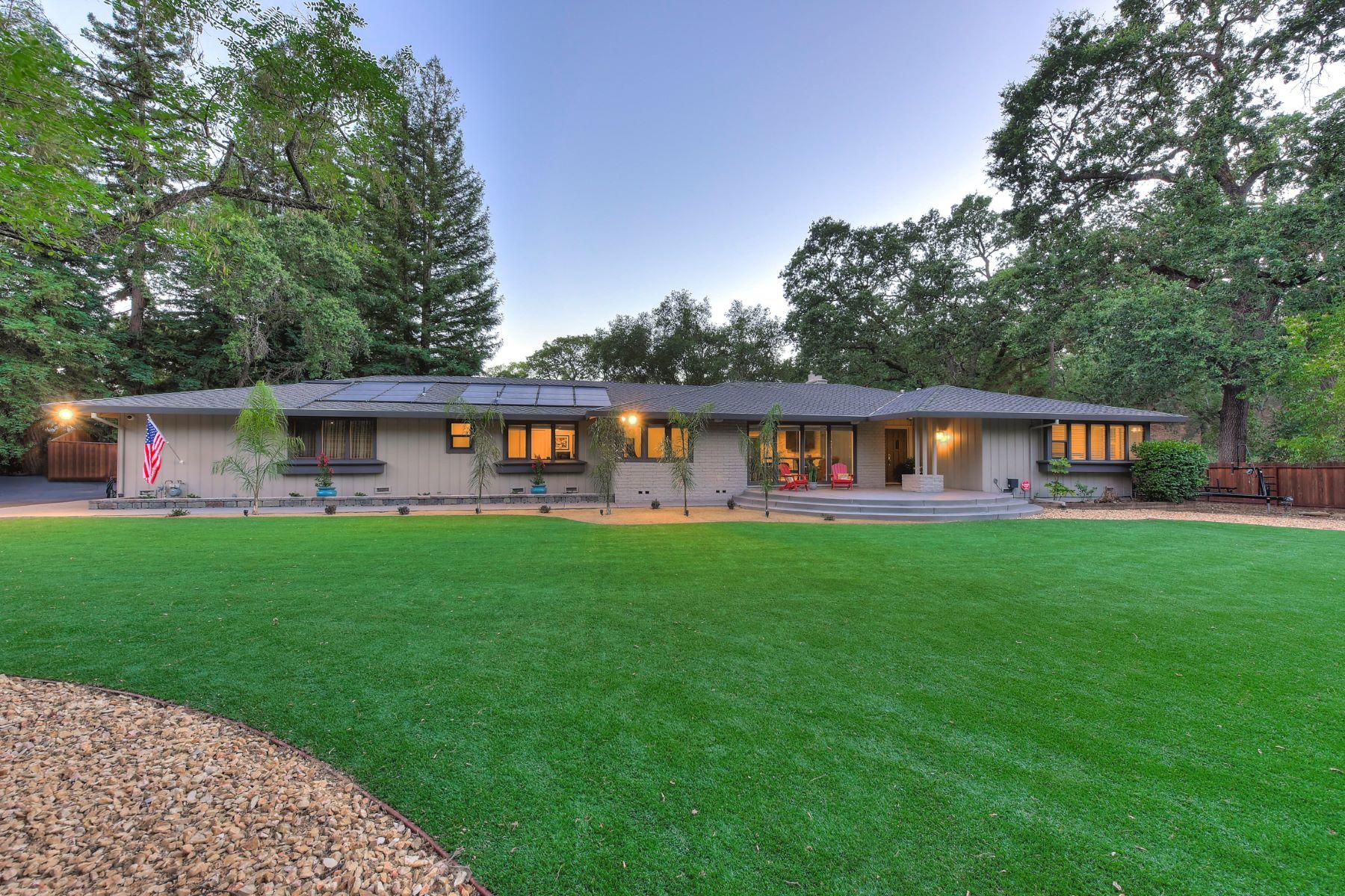 Casa Unifamiliar por un Venta en 2194 Allegheny Rd, El Dorado Hills, CA 95762 El Dorado Hills, California 95762 Estados Unidos
