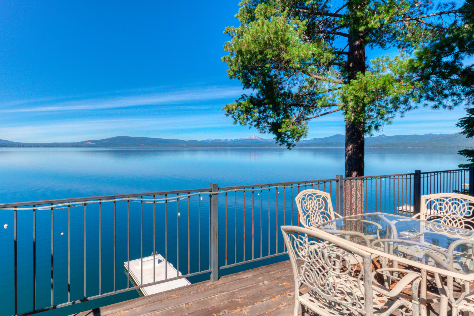 Additional photo for property listing at 837 Lassen View Dr, Lake Almannor, CA 96137 837 Lassen View Dr. Lake Almanor, California 96137 United States
