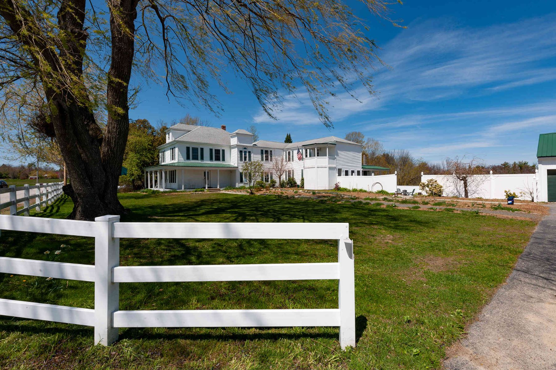Single Family Homes for Sale at Expanded Farmhouse on a Picture Perfect Country Setting 273 Hanson's Ridge Road Sanford, Maine 04083 United States