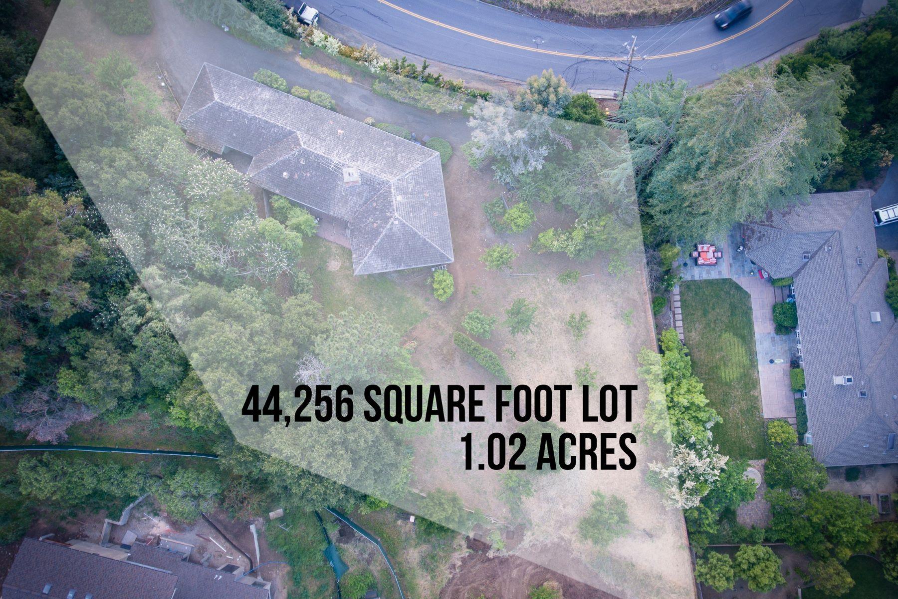 Частный односемейный дом для того Продажа на 14510 Manuella Rd Los Altos Hills, Калифорния 94022 Соединенные Штаты