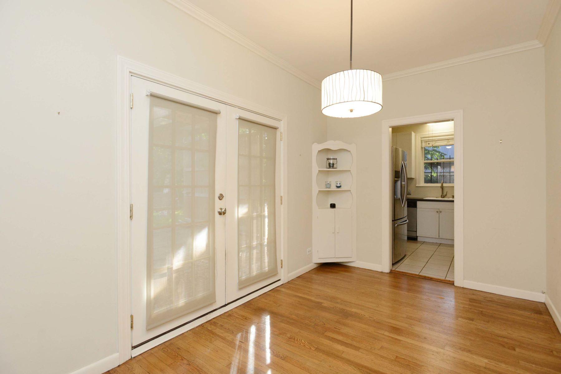 Additional photo for property listing at 238 Lovera Blvd 238 Lovera Blvd San Antonio, Texas 78212 Estados Unidos