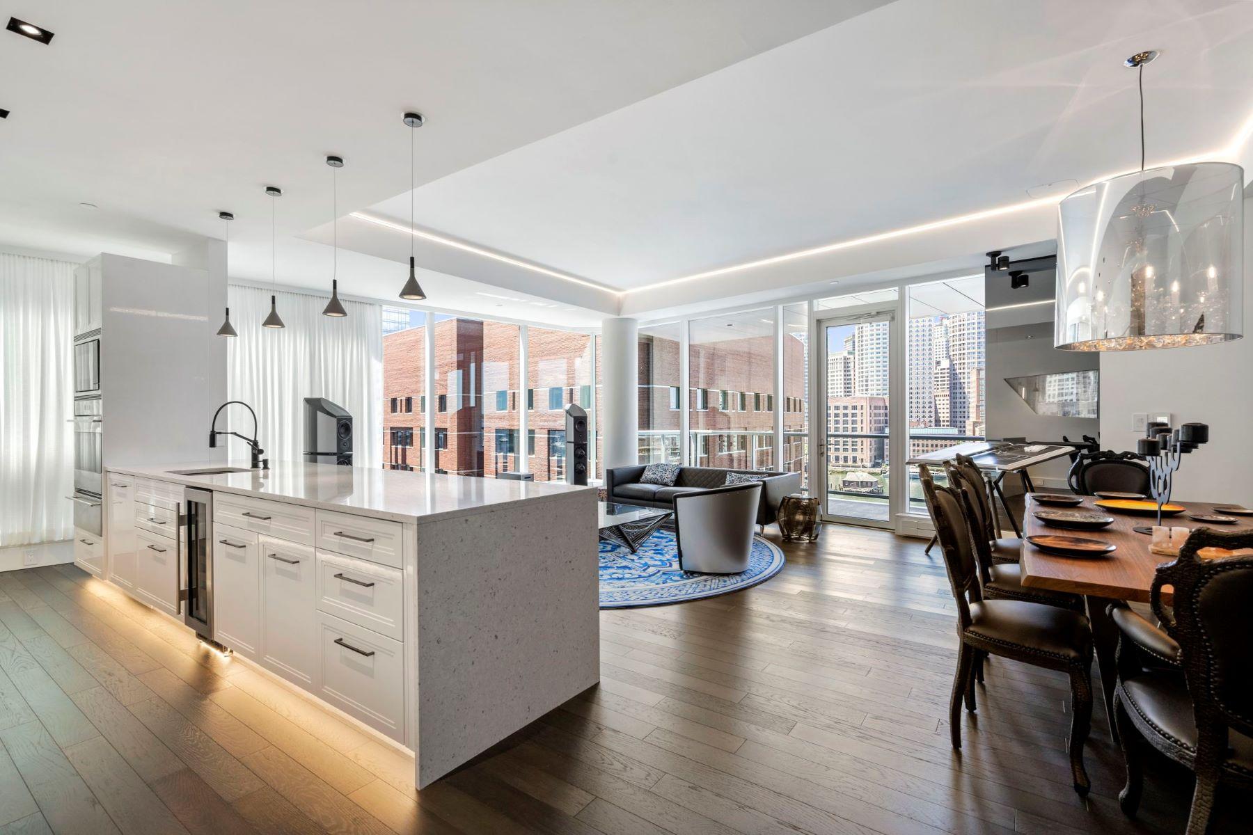 Condominiums por un Venta en 22 Liberty Drive - Unit 9M Boston, Massachusetts 02210 Estados Unidos