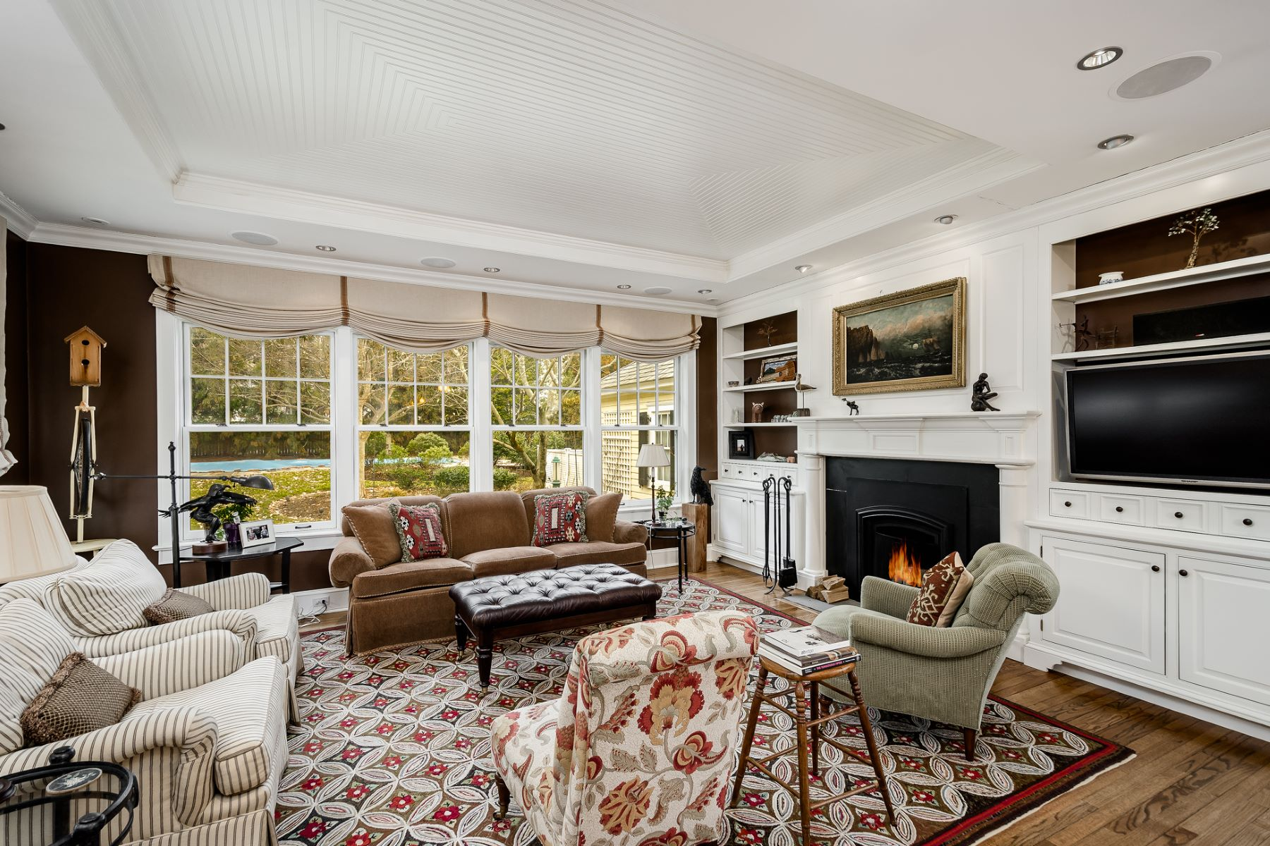 Additional photo for property listing at Institute Charmer Handles Modern Life with Grace 9 Newlin Road, Princeton, New Jersey 08540 United States