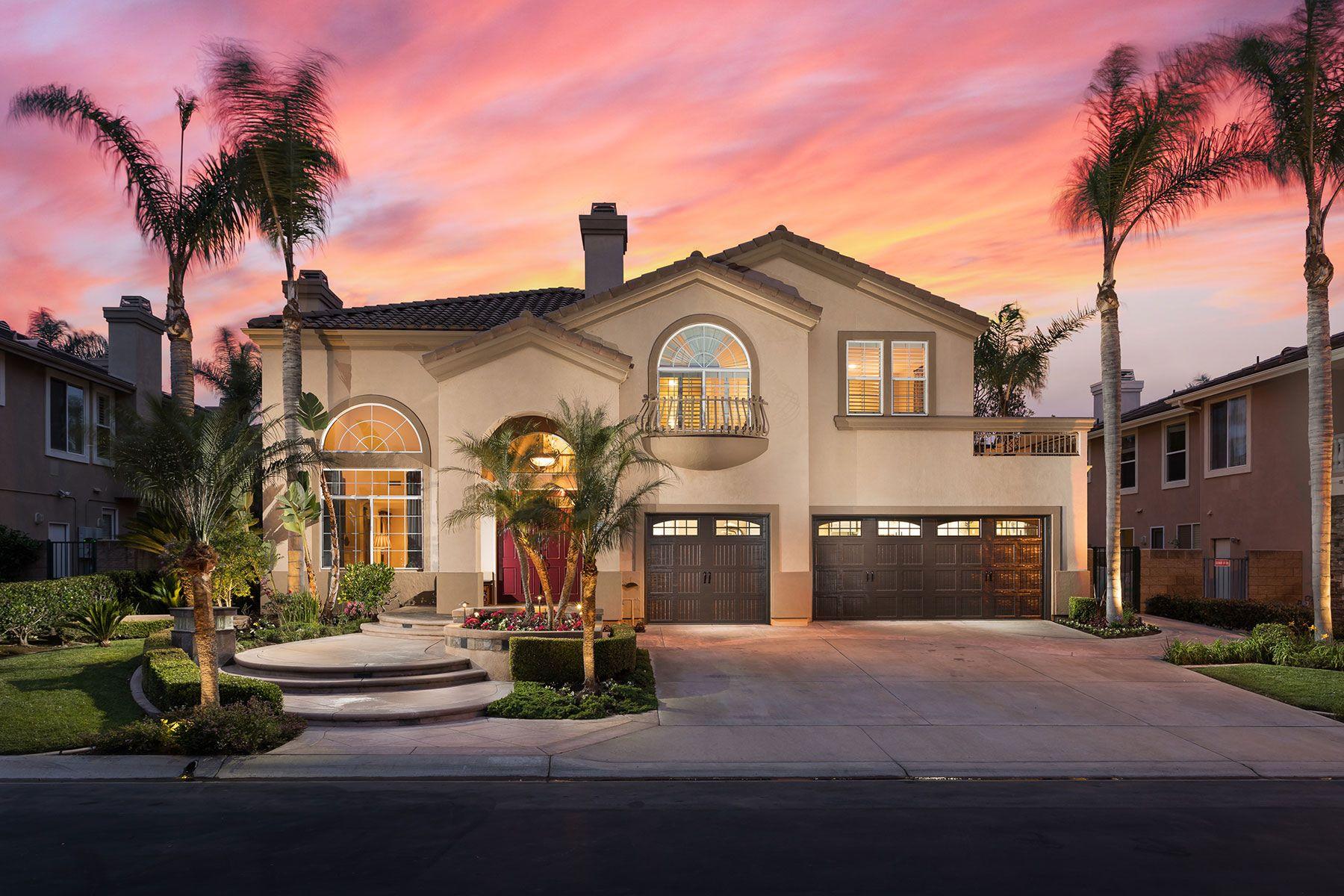 独户住宅 为 销售 在 18925 Silverbit Lane 杭廷顿海滩, 加利福尼亚州, 92648 美国