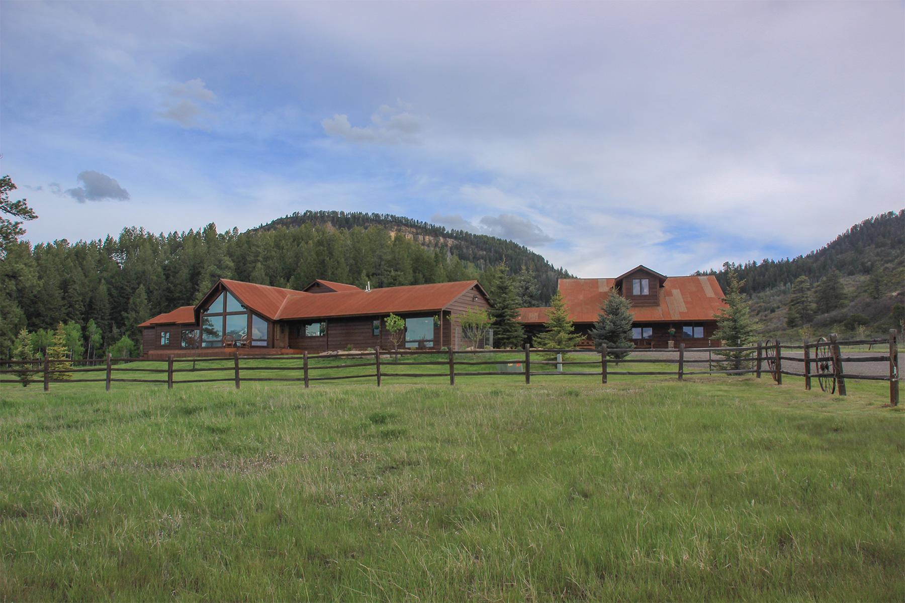 Single Family Home for Active at 835 Jawbone Canyon Place 835 Jawbone Canyon Place Chromo, Colorado 81128 United States