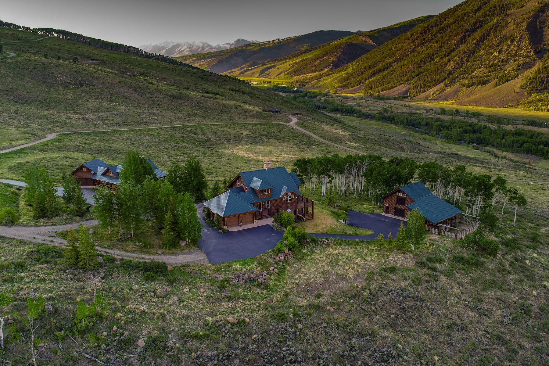Single Family Home for Active at Remarkable Retreat in Danni Ranch 590 Red Mountain Road Almont, Colorado 81220 United States