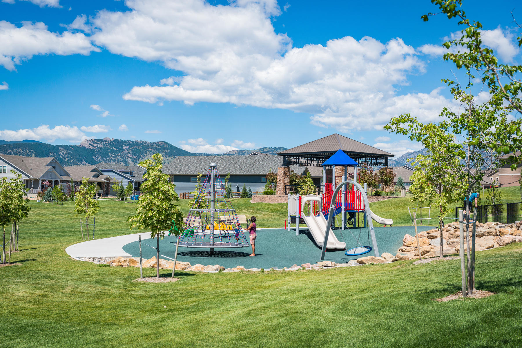 Additional photo for property listing at Move-In Ready Leyden Rock Custom Ranch 8459 Rogers Loop Arvada, Colorado 80007 United States