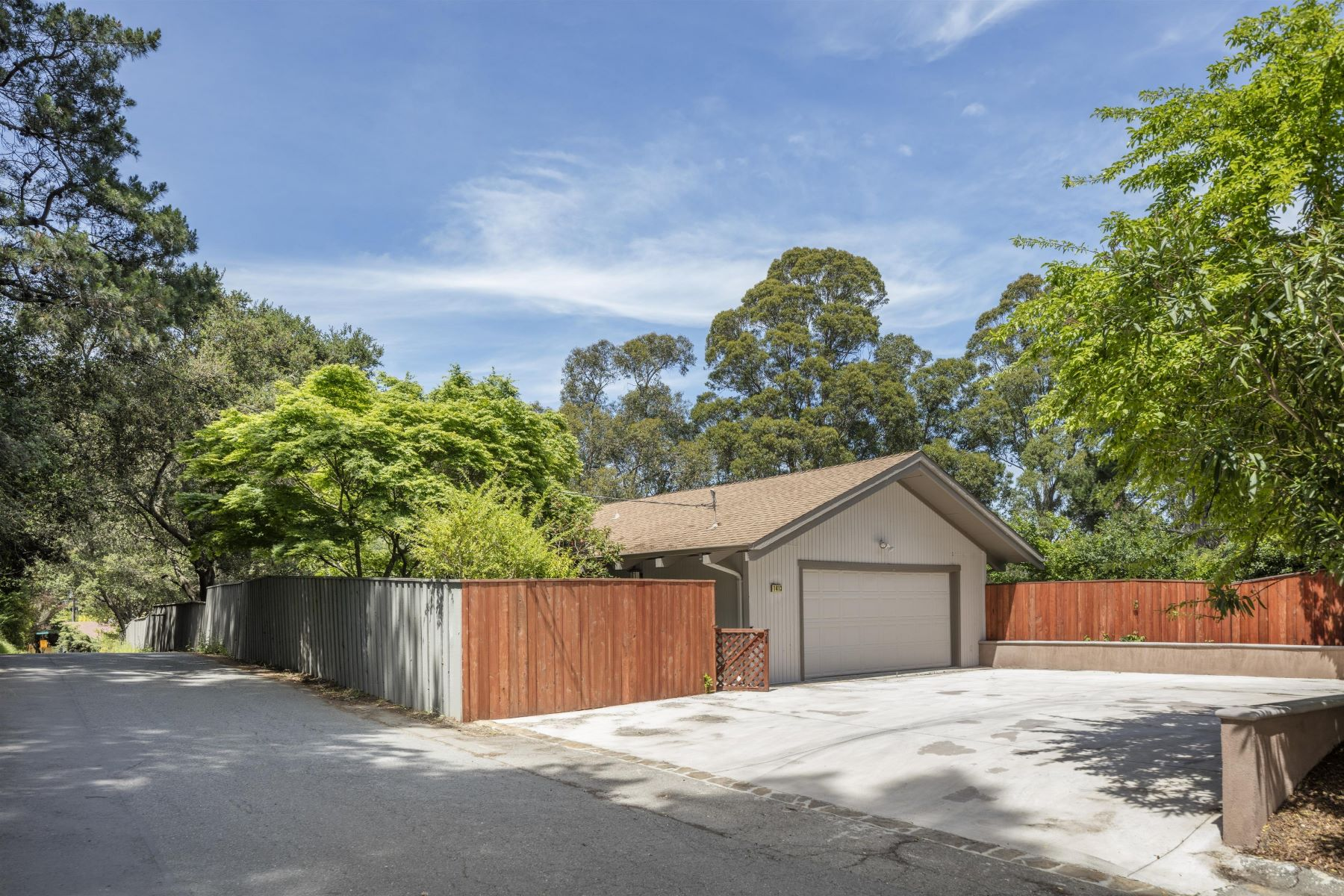 Single Family Home for Sale at Spacious and Light-Filled Home on a Half Acre Lot 1413 Casa Buena Drive Corte Madera, California 94925 United States