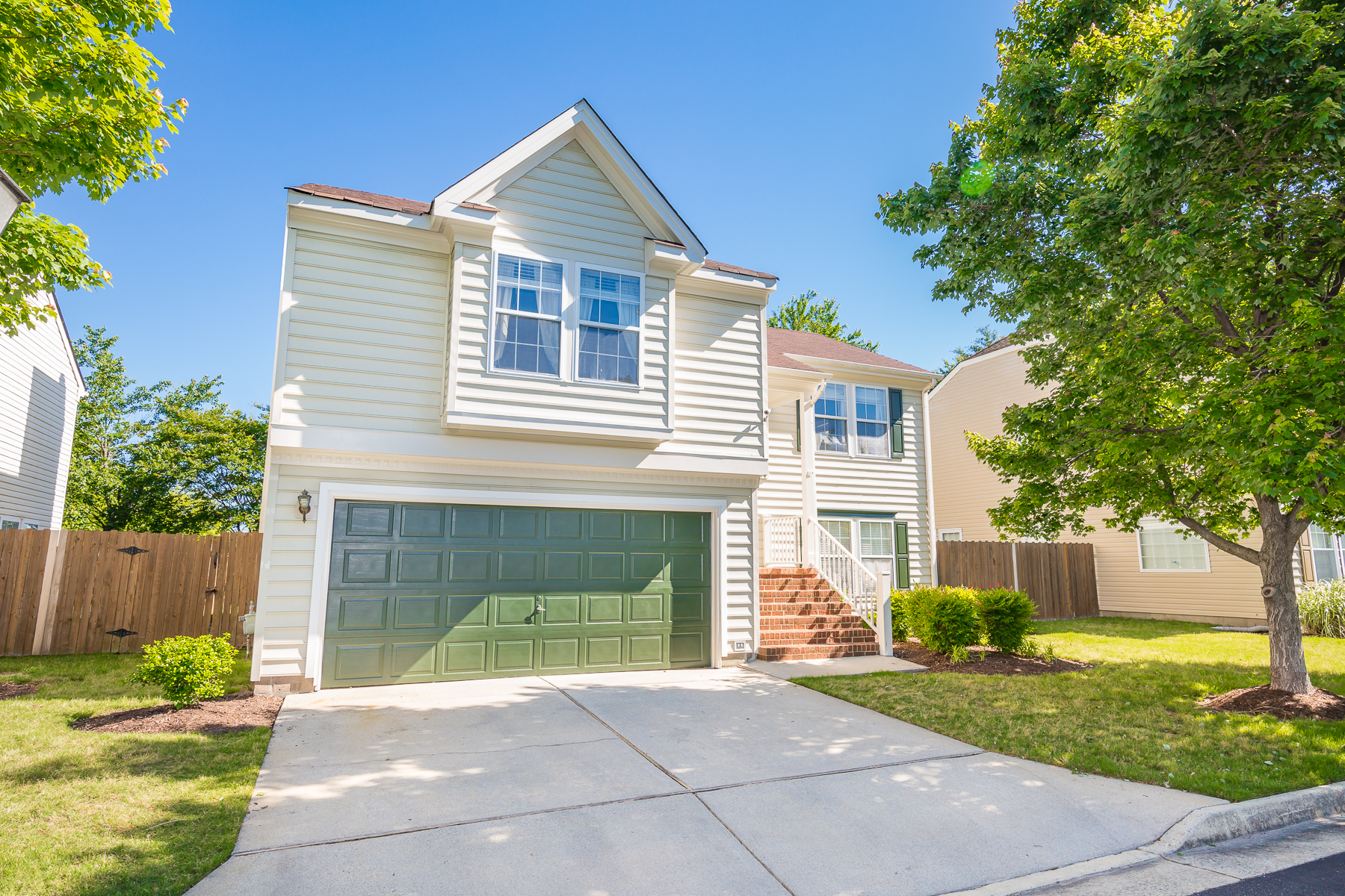 Single Family Home for Sale at Battlefield Commons 404 Kings Bishop Court Chesapeake, Virginia 23320 United States
