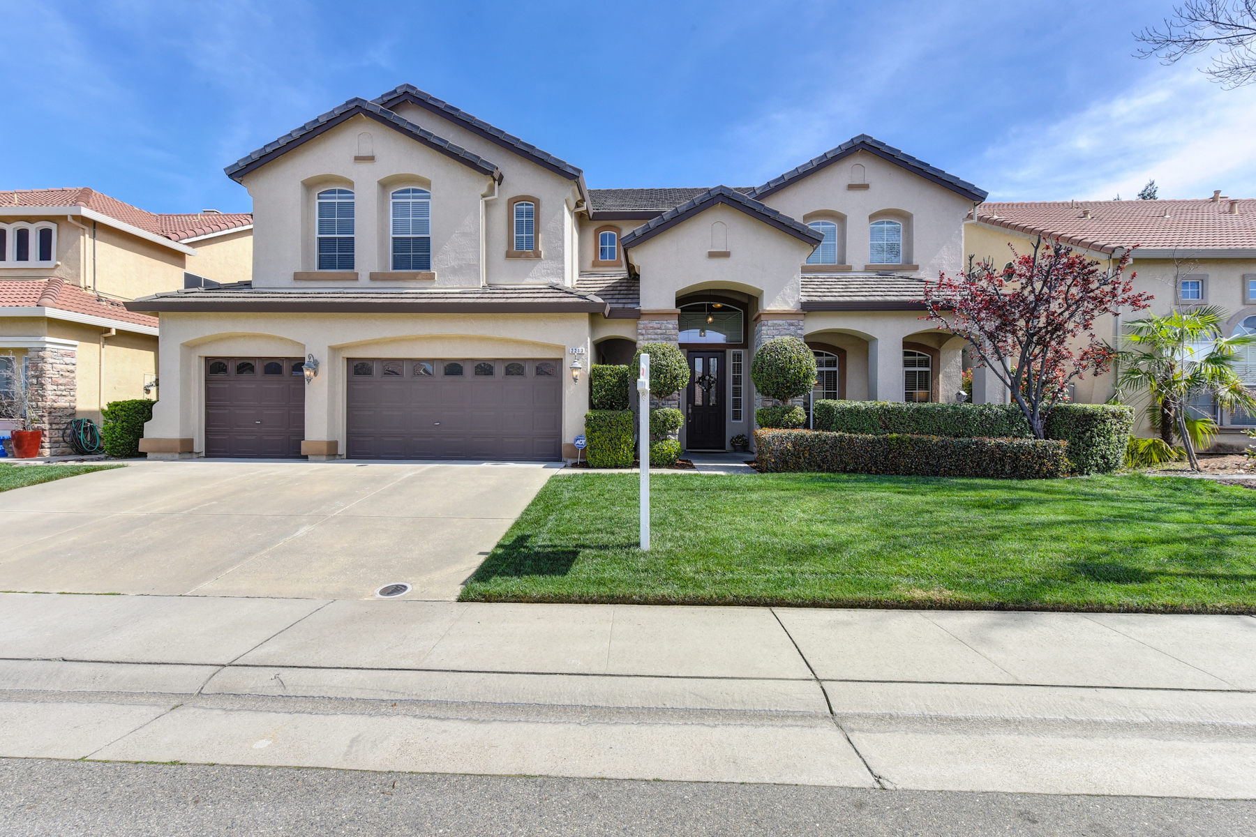 Single Family Home for Sale at 2213 Solitude Way, Rocklin, CA 95765 2213 Solitude Way Rocklin, California 95765 United States