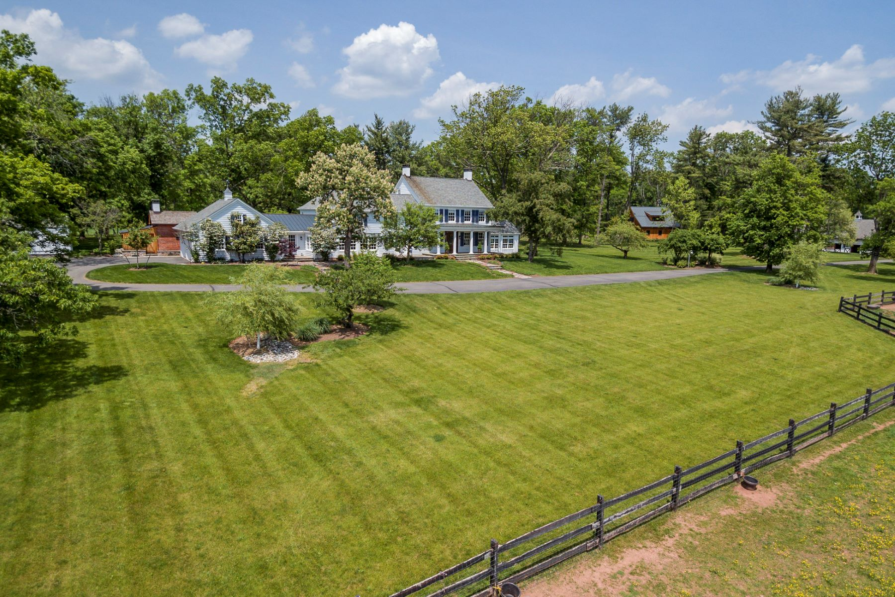 Частный односемейный дом для того Продажа на Historic Farm Reimagined for the Modern Equestrian - Hopewell Township 266 Province Line Road Skillman, 08558 Соединенные Штаты
