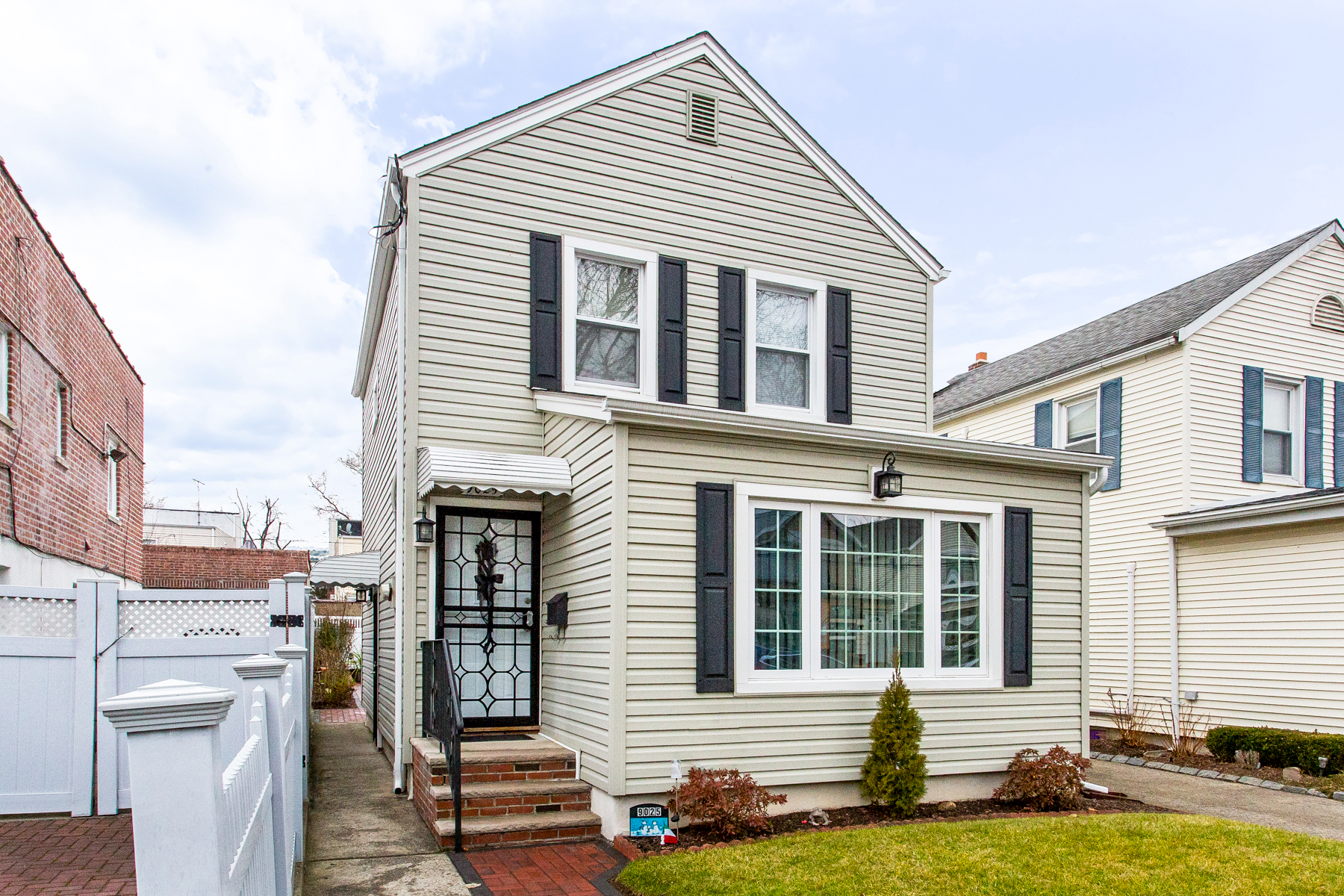 """Single Family Homes for Active at """"CHARMING DETACHED COTTAGE HOME"""" 90-25 70th Drive, Forest Hills, Queens, New York 11375 United States"""
