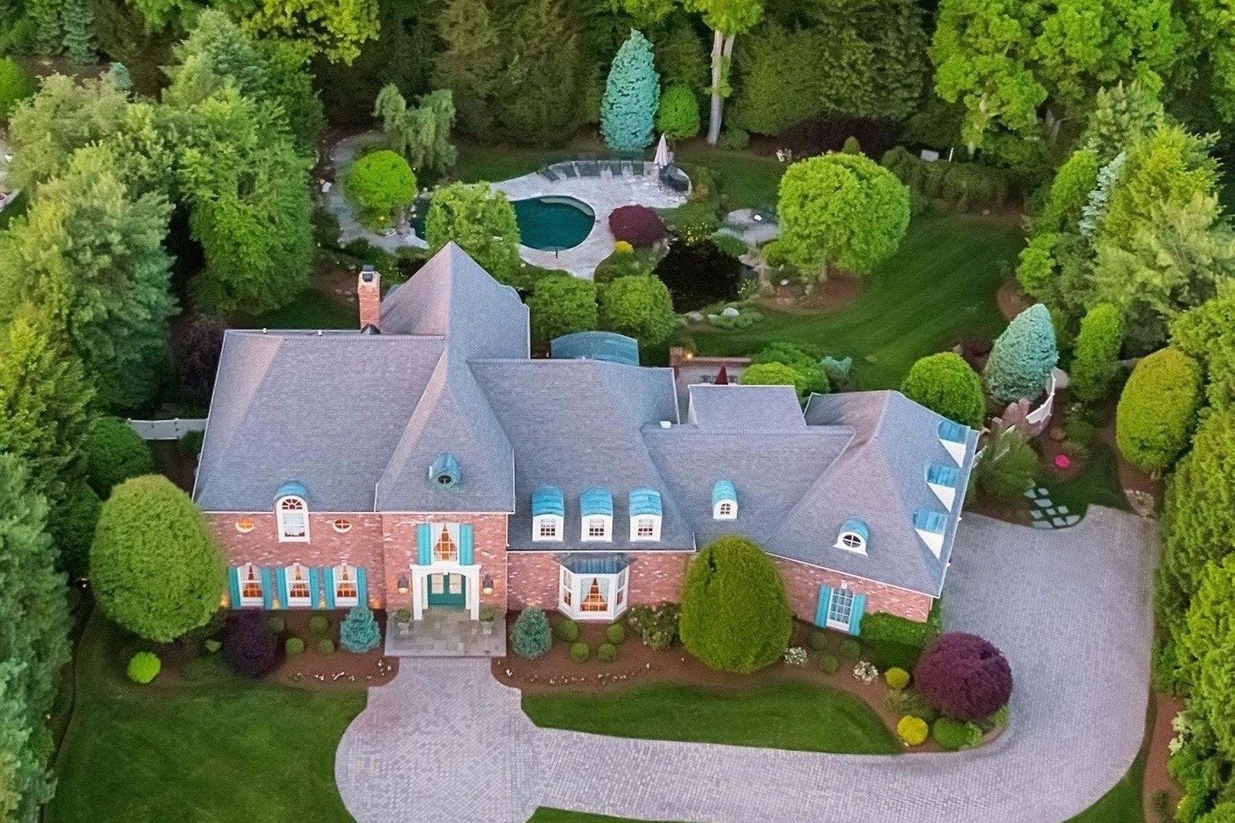 Enfamiljshus för Försäljning vid European Grandeur and Sophistication 103 Greenfield Hill, Franklin Lakes, New Jersey 07417 Förenta staterna