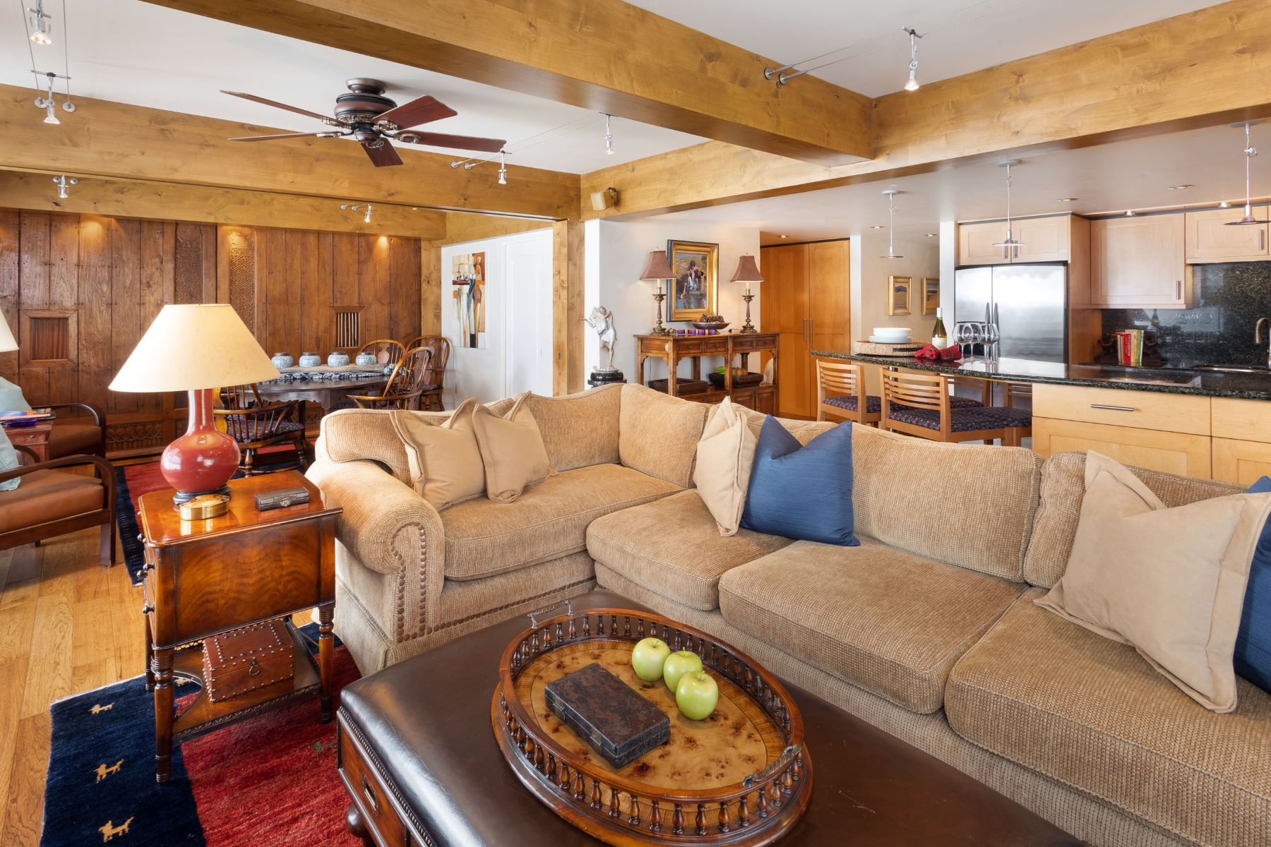 Condominiums для того Продажа на Stonebridge Condos 30 Anderson Lane, #600, Snowmass Village, Колорадо 81615 Соединенные Штаты