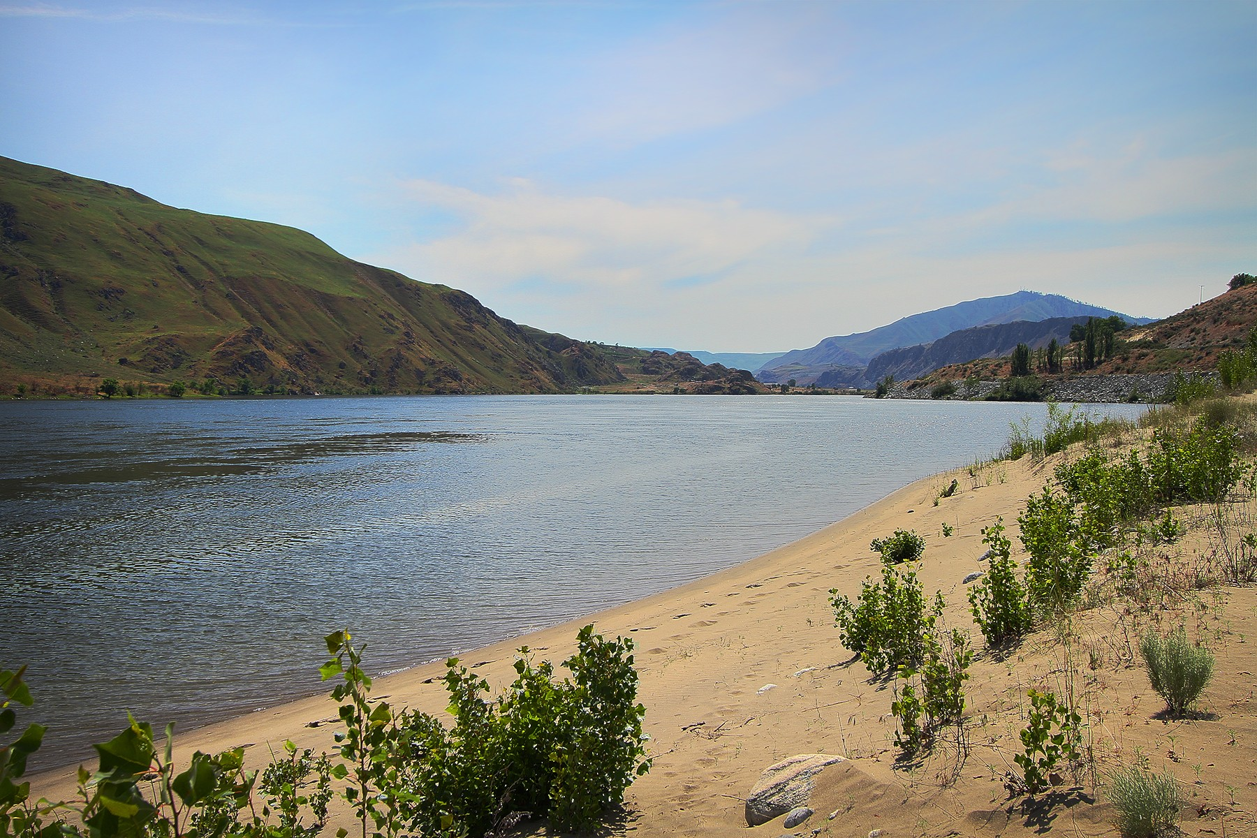 Additional photo for property listing at Chelan 355 Hwy 97 Hwy #365 Chelan, Вашингтон 98816 Соединенные Штаты