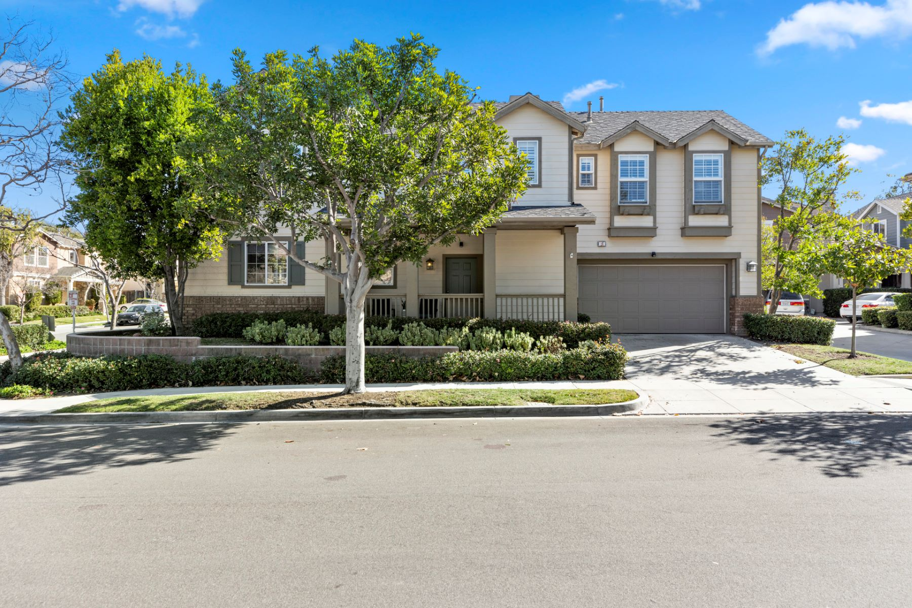 Single Family Homes for Active at 16 Iron Horse Ladera Ranch, California 92694 United States
