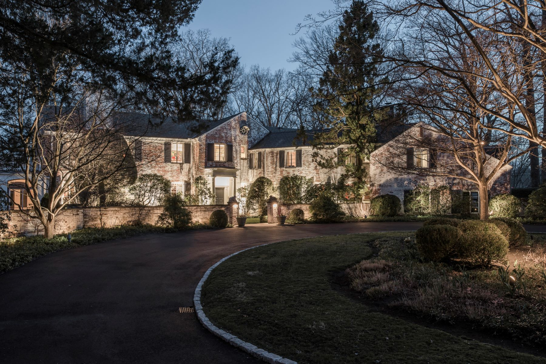 Single Family Homes for Active at 82 Brookwood Lane New Canaan, Connecticut 06840 United States