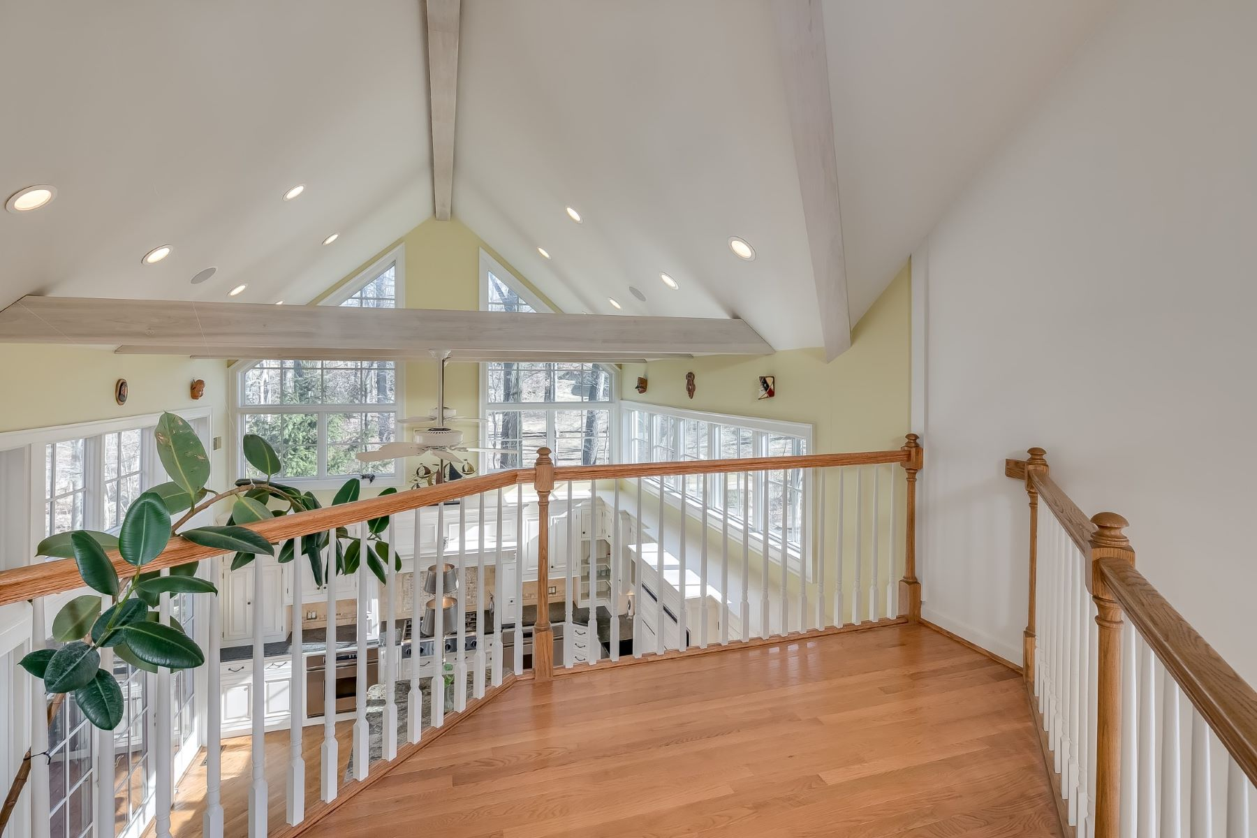 Additional photo for property listing at Stunning Custom Retreat 55 Mt Airy Road Basking Ridge, New Jersey 07920 United States