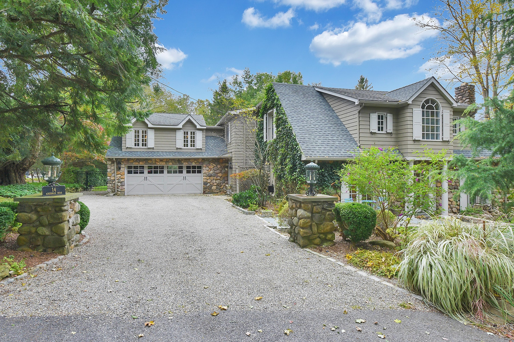 Single Family Home for Sale at Charming Carriage House 14 Ackerman Rd Saddle River, New Jersey 07458 United States