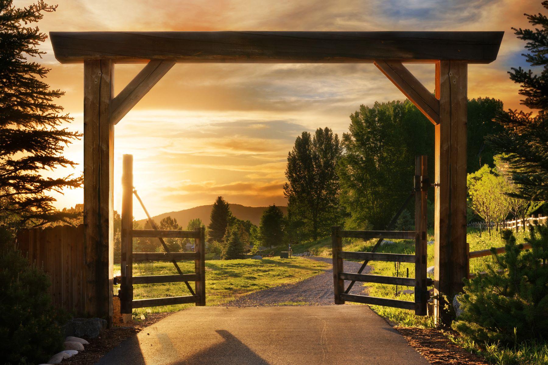 토지 용 매매 에 Discover Hoaglund Ranch! 184 & 186 Hoaglund Ranch Rd, Basalt, 콜로라도 81621 미국