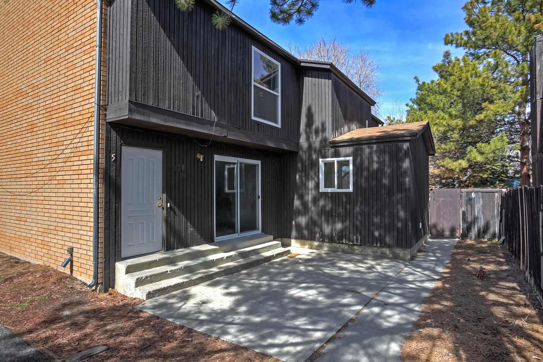 Maison avec plusieurs logements pour l Vente à Rare Investment Opportunity! 4048 S 1300 E Salt Lake City, Utah 84124 États-Unis
